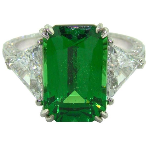 Tsavorite-Garnet Ring