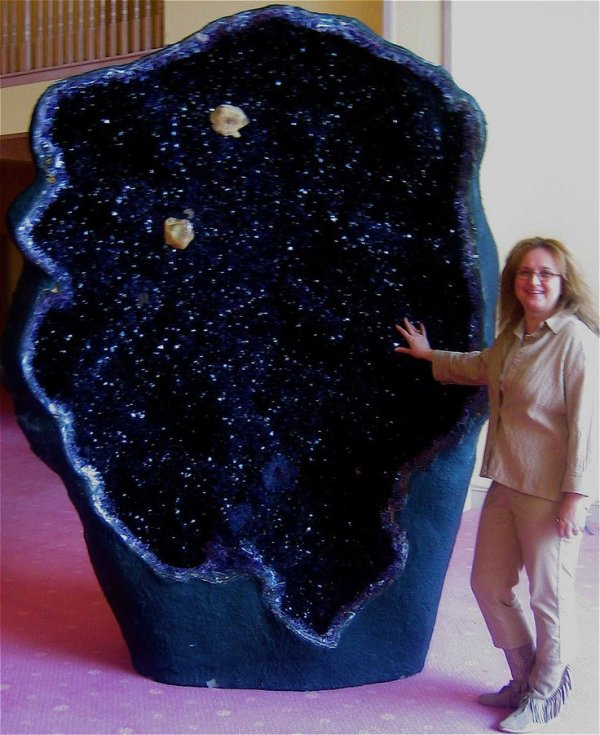 Amethyst Geode, Largest, Urguguay, 11 ft.
