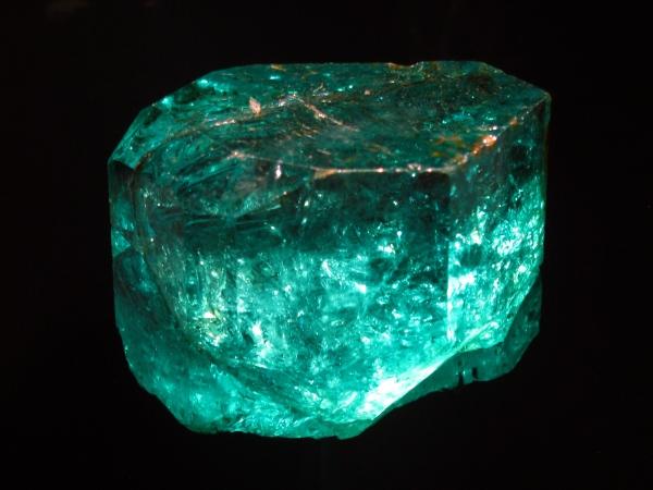 Beryl.  Emerald,  Gachala, 858 c.