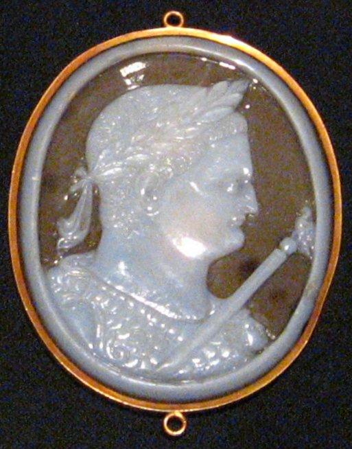 Chalcedony, Titus_cameo, 200BC