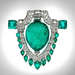 Mughal Emerald Broach, 60 carats.