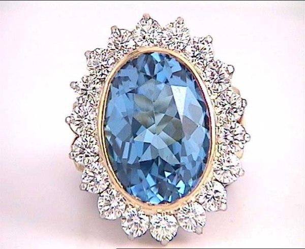 6.  BlueTopaz, Gemstone Broach with Diamonds