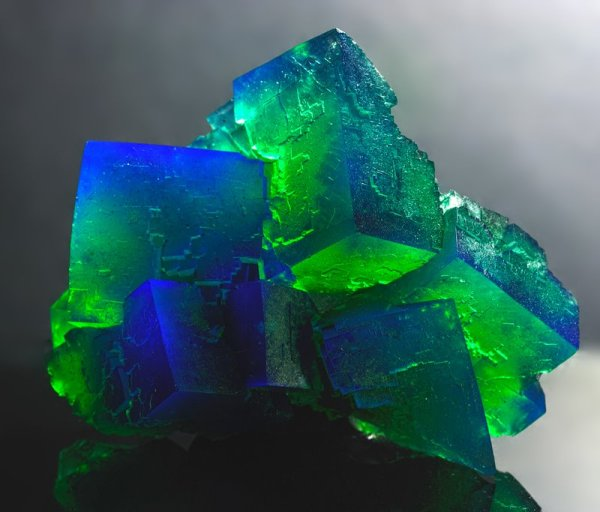 Fluorite, Blue-Greene.  Rogerley Mine, England.  6x5x3 cm.    Pinterest, by Scott Welsh