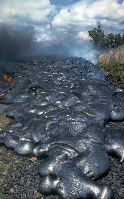 Pahoehoe Lava. Hawaii, 07-16-1990. by J.D. Griggs, USGS