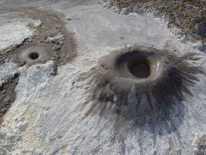 3.10. Cold Mud Pot. Glenblair, CA, 07-09-2006. Mendo Mann