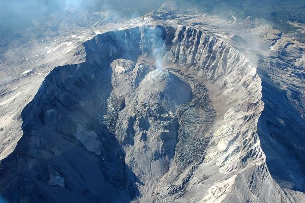 Volcano, Lava Dome. Mt. St. Helens, WA. aerial crater from north high angle. 09-12-2006. Willie Scott, USGS