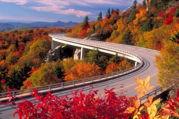 BRPW, viaduct in fall. blueridgeparkwayblog.com