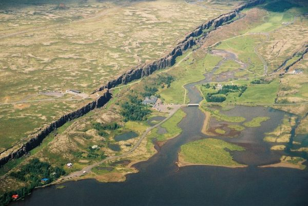 1-iceland-aerial-view-of-rifting-extremeiceland-is