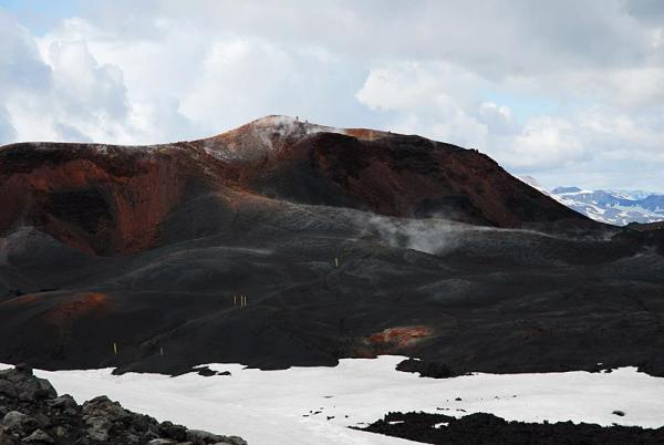 10-magni-crater-2010-fimmvorduhals-area