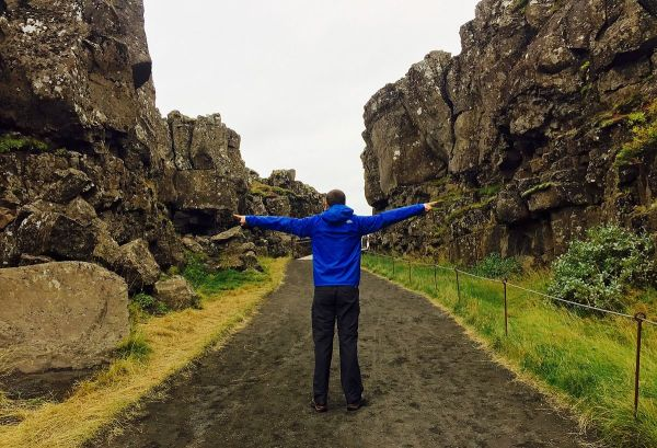 4-the_boundary_between_the_north_american_and_eurasian_tectonic_plates-20165-by-scoundrelgeo