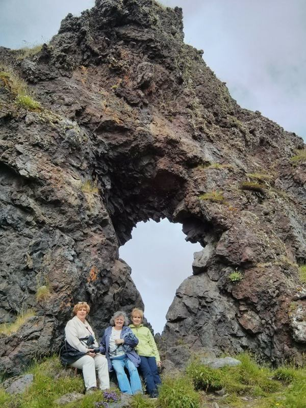 5-lava-tube-with-girls-07-13-14