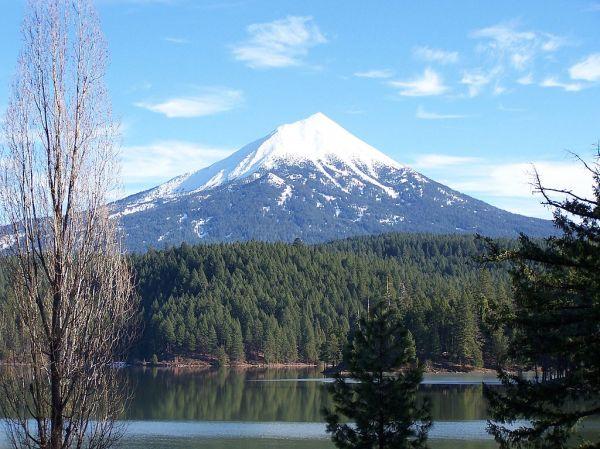 12. Mt. tMcLoughlin. 2009. Little Mountain Talk T