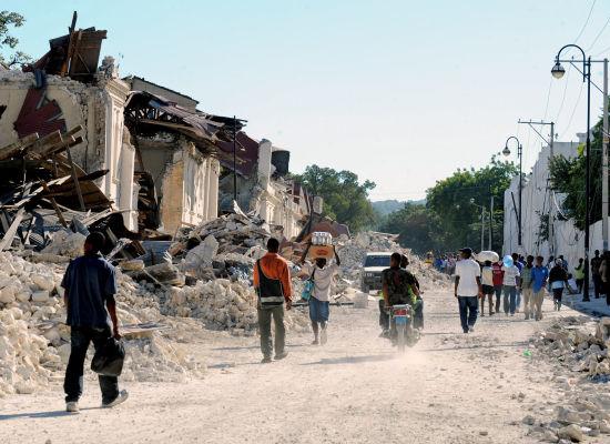earthquake-hatian-refugees