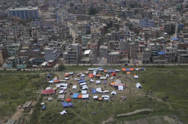 earthquake-nepal-earthquake-aftermath-tents-abc7-com