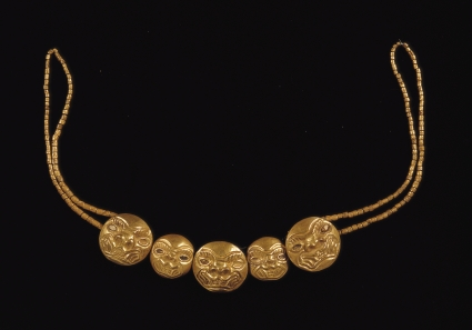 8. Gold Necklace, Moche. 2008. Pattcych