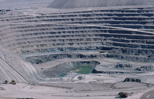 5. Copper, Mine, Chuquicamata. 1984. John Reinhard